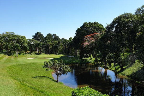 The first hole of the Sao Paulo Clube de Campo golf course.