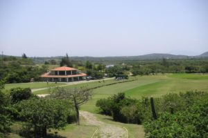 Drivingrange of the golf course of the Buzios golf club.