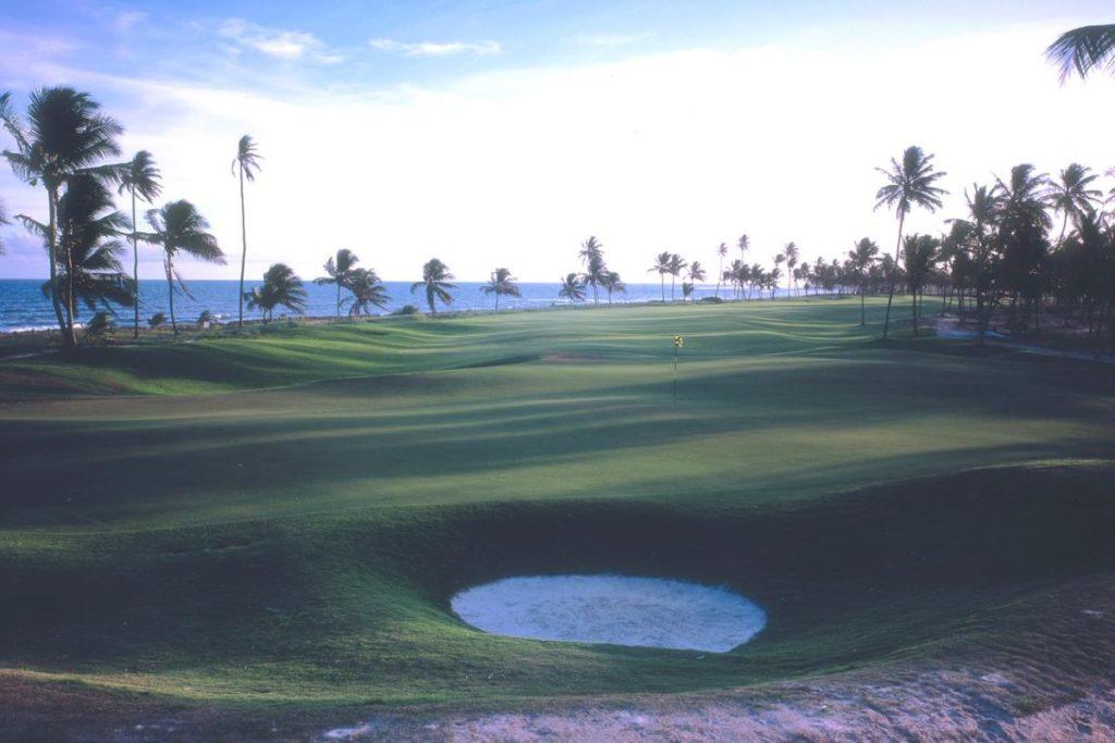 Final hole of the golf course of the Iberostar Praia do Forte golf club.